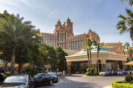 Palm Jumeirah, Dubai - 1st Jan 2020: Main entrance to The Avenues at Atlantis The Palm hotel Éditoriale