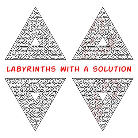 Set di labirinti triangolari. Labirinto isolato su uno sfondo bianco. La soluzione è composta da una linea tratteggiata rossa Vettoriali