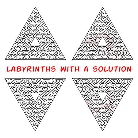 Set di labirinti triangolari. Labirinto isolato su uno sfondo bianco. La soluzione è composta da una linea tratteggiata rossa
