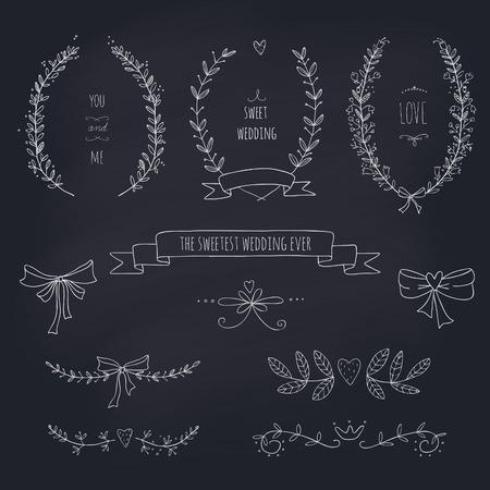 Hand getrokken set van kransen, linten, laurier en etiketten op blackboard Transparantie Geen verlopen Stock Illustratie