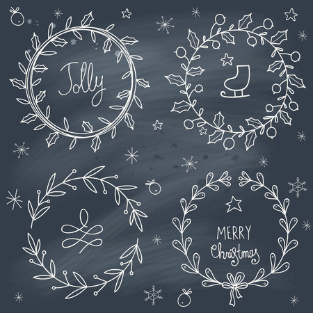 coronas de navidad: Guirnaldas de Navidad establecidos en la pizarra. Transparencia. No hay gradientes.