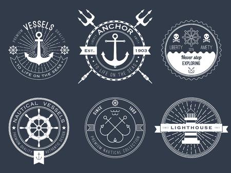Set di nautica, scudetti e le etichette sulla lavagna