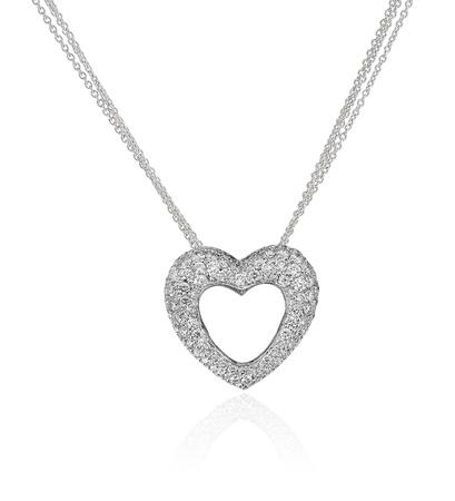 coeur diamant: Collier Coeur de diamant isol� sur fond blanc