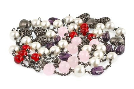 bisuteria artesanal Vintage collar de perlas con piedras y perlas aisladas  en blanco