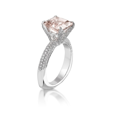 solitaire: Pink diamond ring