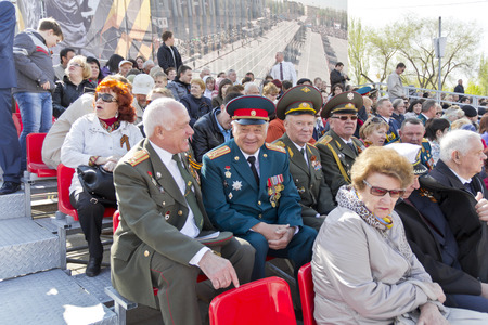 colonel: Samara, Russia - May 9, 2015: Meeting of general and colonel old friends on celebration on annual Victory Day
