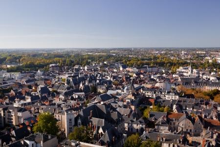 Op zoek over de daken van Bourges in Frankrijk Stockfoto