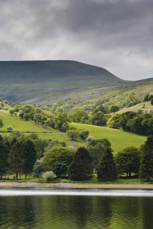 tal: Scenery near to Tal Y Bont reservoir in the Brecon Beacons.