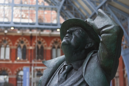 pancras: The John Betjeman statue in St Pancras railway station.