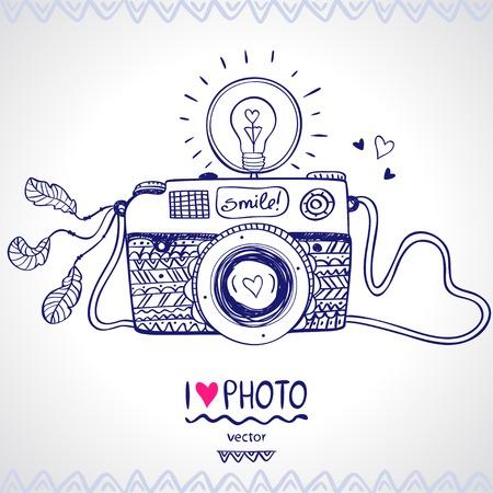 芸術的: イラスト スケッチ ビンテージ レトロな写真カメラ  イラスト・ベクター素材
