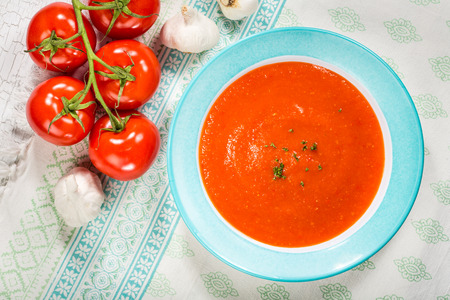 tomato: Homemade tomato and red pepper gazpacho soup with tomatoes and garlic Stock Photo