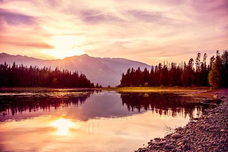 Grand Teton bergketen bij zonsondergang, Jackson Lake, Grand Teton National Park, Wyoming, USA Stockfoto