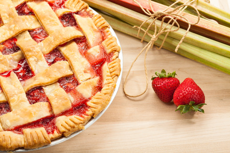 rhubarb: Strawberry Rhubarb Pie