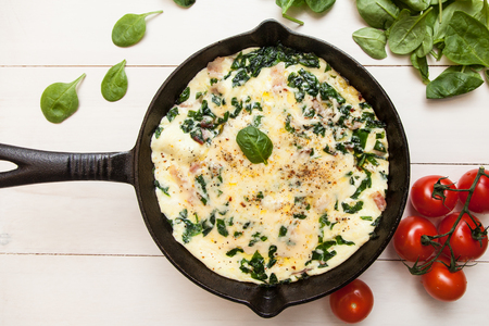 Frittata with spinach, parmesan and bacon