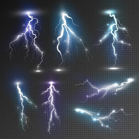 rayo electrico: Relámpagos realistas establecen con la transparencia para el diseño. Magia y efectos de luz brillante. Efectos naturales