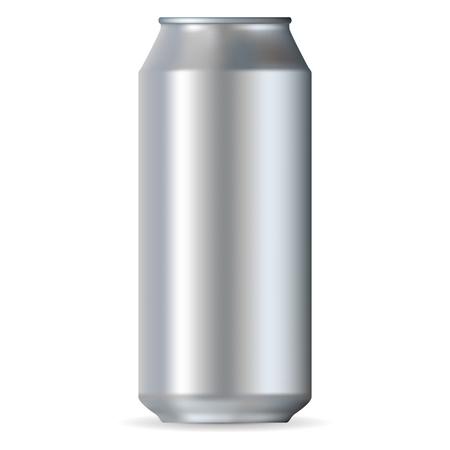 lata de refresco: Realista de aluminio puede aislado en un fondo blanco