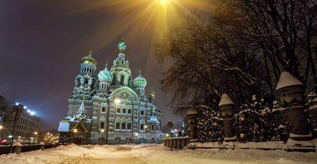 De kerk van de Verlosser op gemorst bloed. St. Petersburg, Rusland.