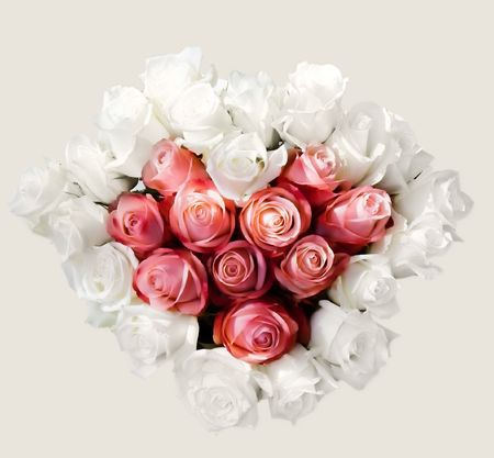 Heart bouquet with white and pink roses 版權商用圖片