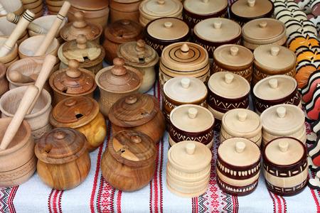 wood craft: wooden utensils on the market