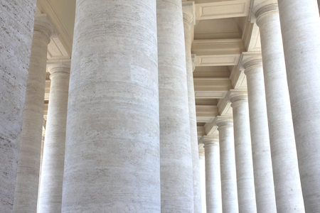 st  peter's square: Colonnades of St. Peters Square in Vatican City. Rome, Italy.