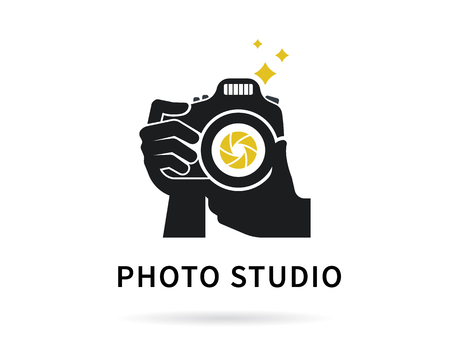 Photographer hands with camera icon or template. Flat illustration of lens camera shooting macro image with flash and text ideal photo Vectores
