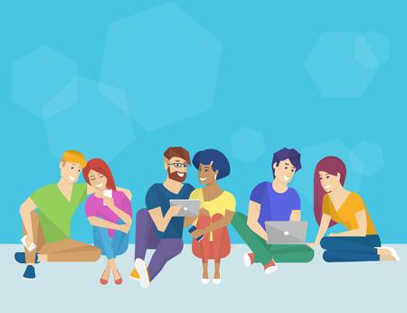 personas hablando: Grupo de personas creativas utilizando teléfono inteligente, portátil y Tablet PC que se sienta en el suelo y hablando entre sí. Ejemplo del concepto de plano del pensamiento creativo y trabajar con dispositivos electrónicos modernos
