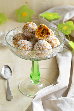 Carrot, Coconut and Dried Fruit Sweet Balls