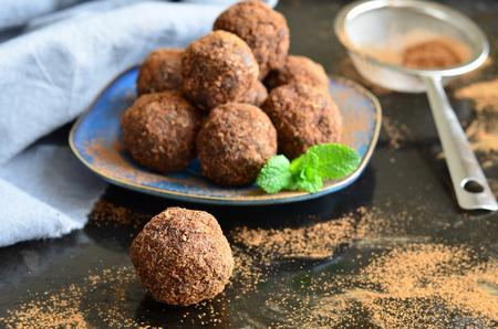 Raw Vegan Sweet Balls