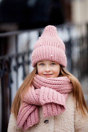 Girl wearing a winter hat and scarf Zdjęcie Seryjne