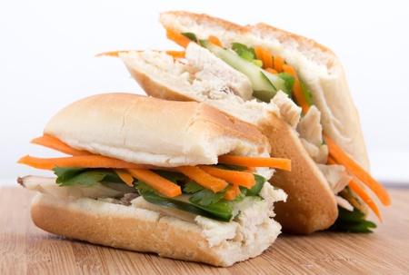 dikon: Bahn mi - sándwich vietnamita Foto de archivo