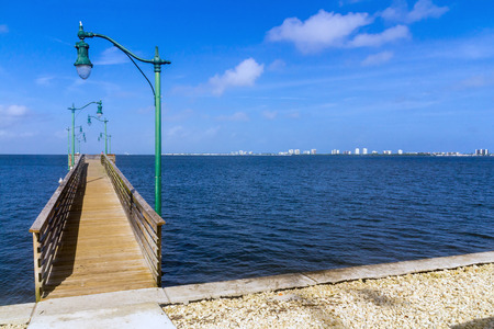 causeway: Jensen Beach Causeway park dock, Florida, view of the indiana River Stock Photo