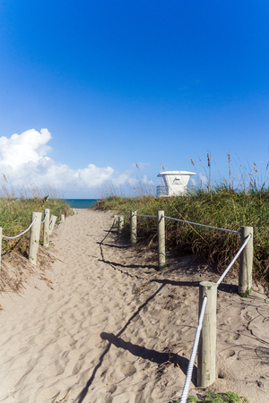 pierce: way to Fort Pierce beach Florida USA