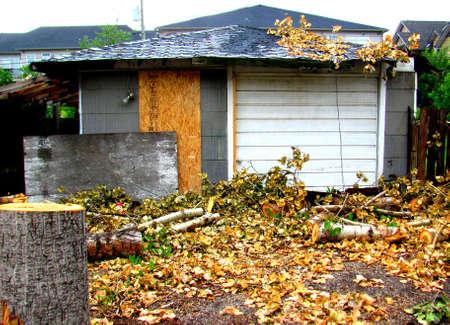 garage: Abandoned Garage