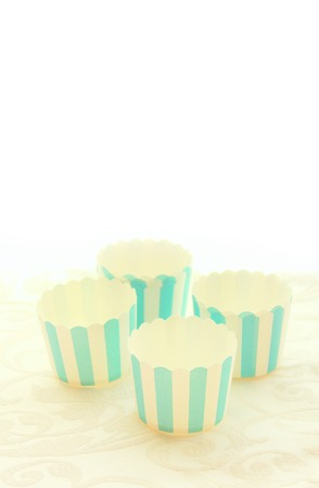 blue stripes: Emepty round muffin cups, blue stripes
