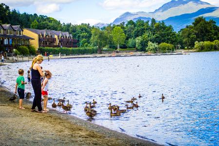 loch lomond: People having fun on a sunny, summer day at Loch Lomond lake in Scotland