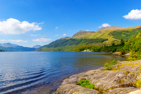 Loch Lomond bij rowardennan, de zomer in Schotland, het UK