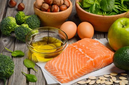 Selectie van gezonde producten. Evenwichtige voeding concept. Stockfoto