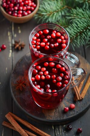 Christmas Cranberry Drink with Spices Фото со стока