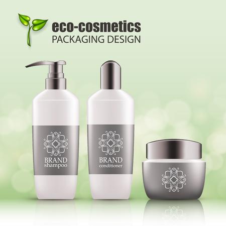Zestaw realistycznych białych szklanych butelek, srebrna nakrętka na eko-kosmetyk z logo linii. Puste opakowanie na kosmetyk do pielęgnacji włosów - szampon, odżywka, maska do włosów. Pusty szablon, makieta wektorowa dla reklam, magazyn Logo