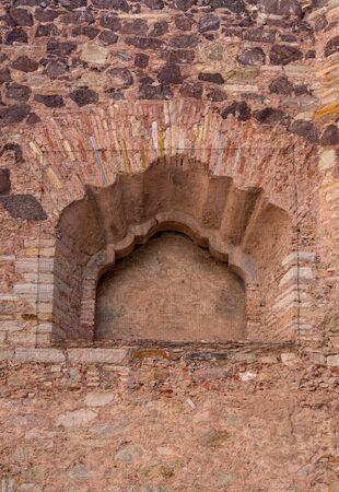 Colonial Cornice Window, old Church in Guanajuato Mexico. 版權商用圖片