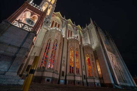 Expiatorio Church Night scene in Leon Guanajuato Mexico. Stockfoto