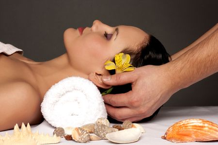 Beautiful young woman getting a spa treatment Stock Photo - 6069640