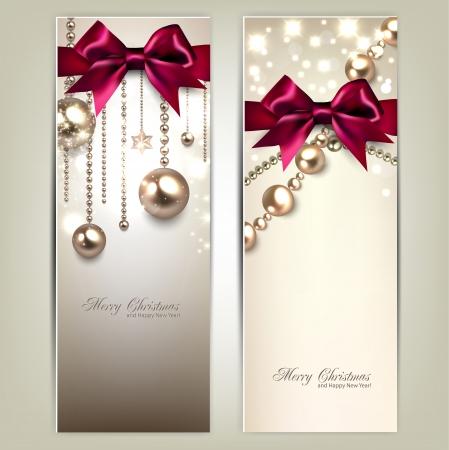 Élégantes bannières de Noël avec des boules dorées et les arcs rouges. Vector illustration