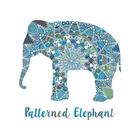 siluetas de elefantes: Mandala patrón vector de elefante. Motivos de la India