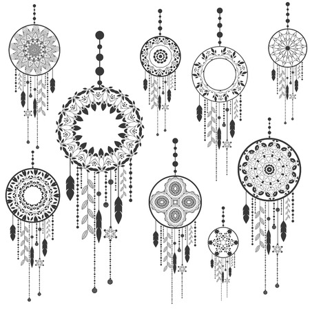 Dream catcher dreamcatcher aztec feather tribal vector patterned set with decoration. Native american illustration isolated on white background. Иллюстрация
