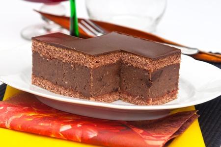 rum cake: Torta al cioccolato con rum