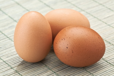 pooled: pooled eggs, deposited on a rough