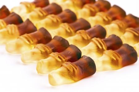 ordelijk: ordelijke groep flesvormige gummy Stockfoto