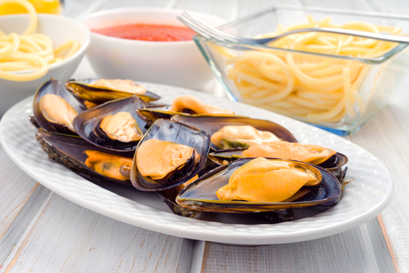 galician: Galician mussels group in porcelain tray