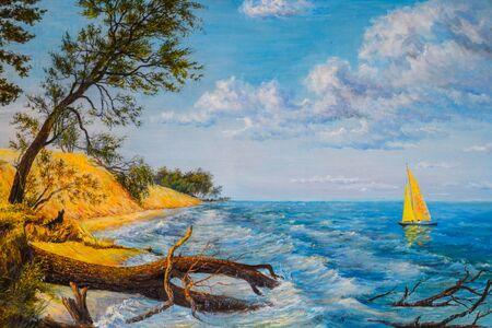 Boot mit einem Segel am Meer und einem von einem Sturm gefällten Baum. Standard-Bild